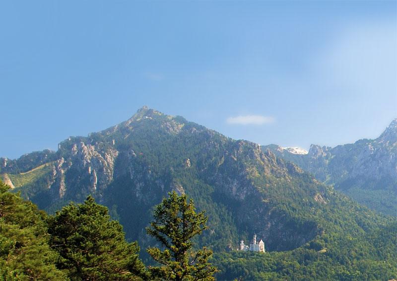 Tegelberg by Füssen, with the castle Neuschwanstein